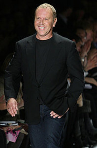 220px-Michael_Kors,_Photographed_by_Ed_Kavishe_for_Fashion_Wire_Press