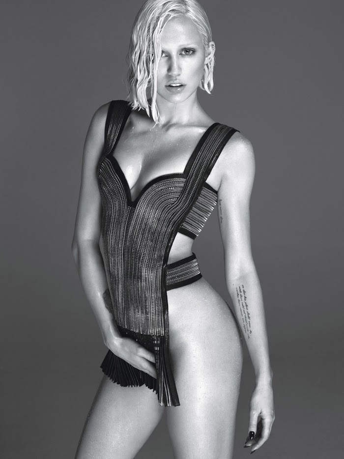 miley-w-fashiontography-2