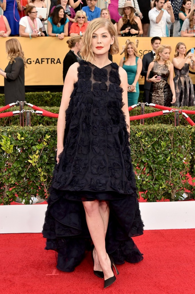 sag-awards-2015-rosamund-pike