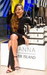 1291999_Rihanna_for_River_Island