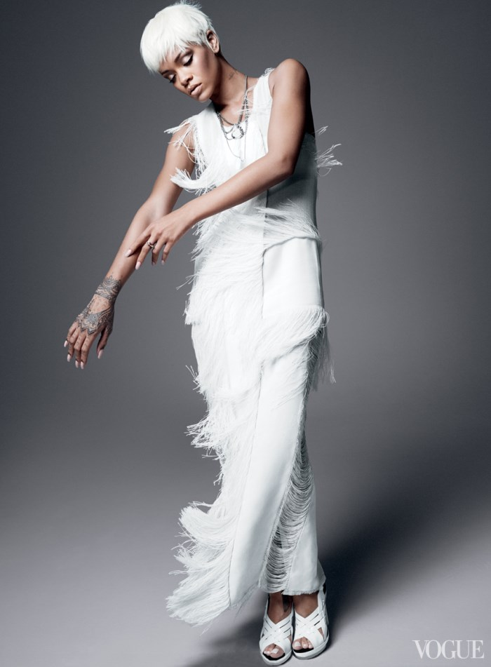 rihanna-fashiontography-vogue-03