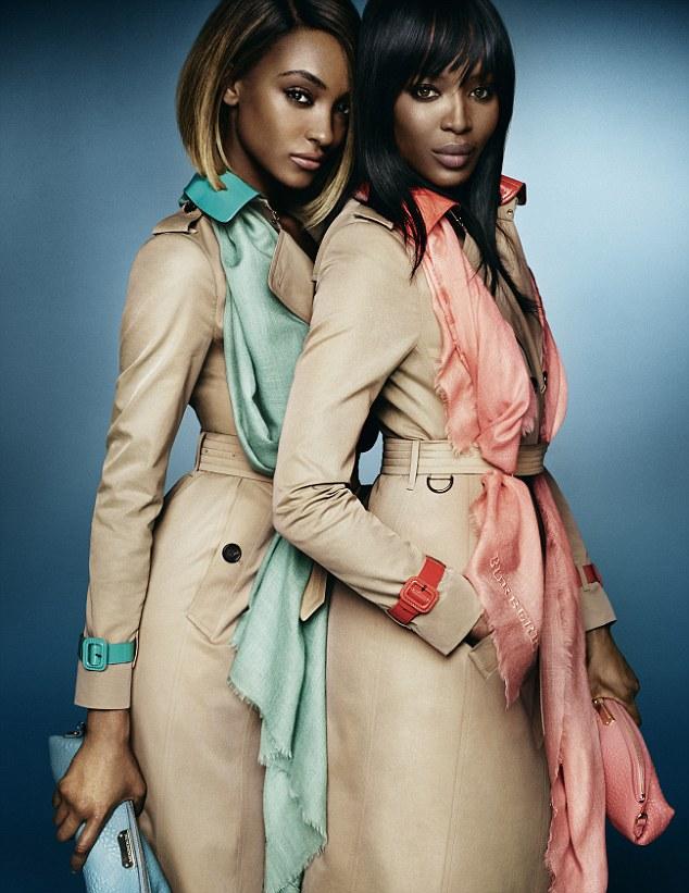 Naomi a Jourdan pro Burberry