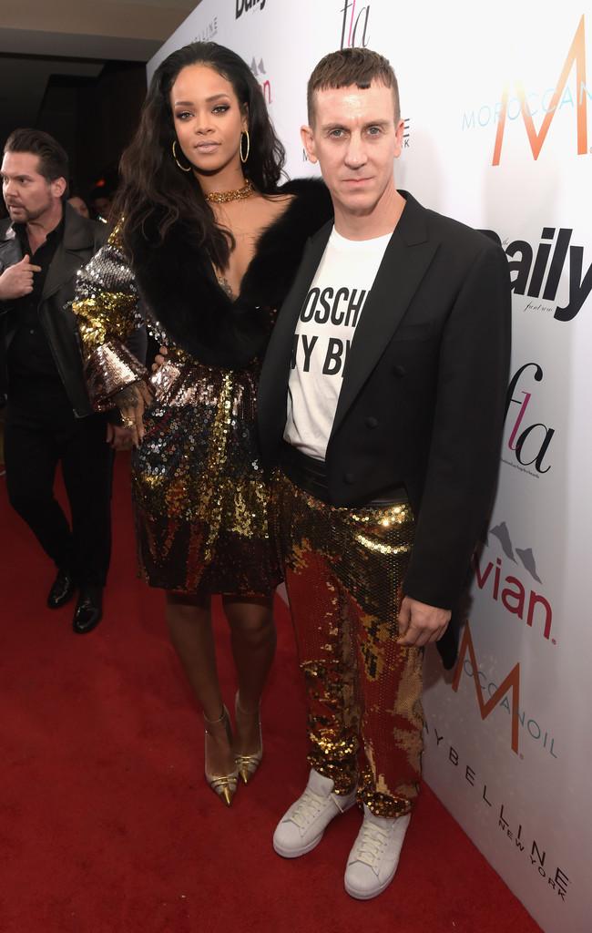 Rihanna Moschino Jeremy Scott
