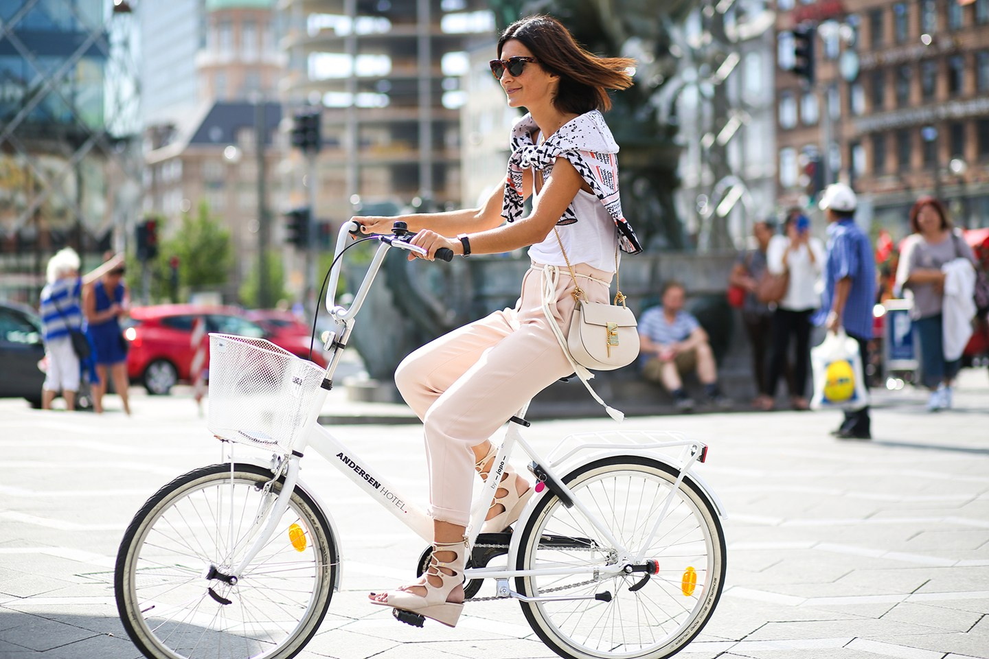 copenhagen-street-chic-8-vogue-10aug15-pa_b_1440x960
