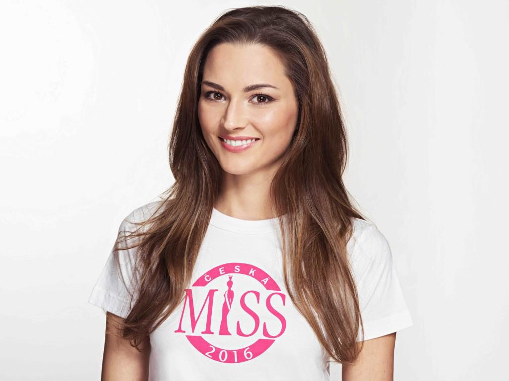 9_Vendula_Neumanová_Česká_Miss_2016