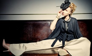 Modely z kolekce Michala Marka sází na dámskou eleganci