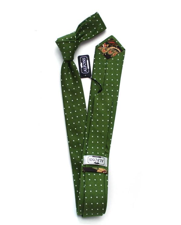 tmave-zelena-kravata-s-bilymi-puntiky-02-600x745