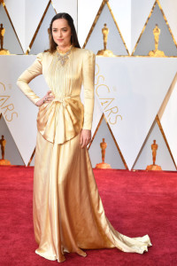 hbz-the-list-best-dressed-oscars-dakota-johnson_1