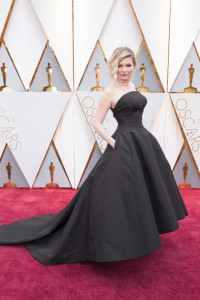 hbz-the-list-best-dressed-oscars-kristen-dunst_1