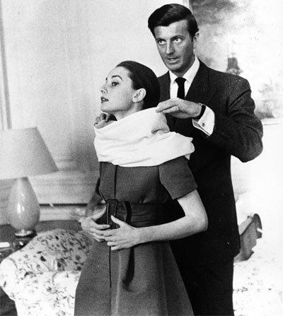 Audrey-Hepburn-and-Hubert-de-Givenchy-audrey-hepburn-22930066-400-447